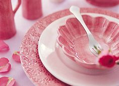 My plates, I love them in soft pink!
