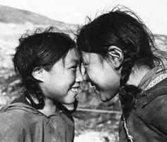 картинка как здороваются эскимосы зеркальные, радужные