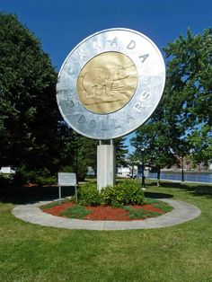 Giant toonie, Campbellford, ON, Canada Canadian Things, I Am Canadian, Canadian Travel, Canadian History, Canada Eh, Visit Canada, Toronto Canada, Roadside Attractions, True North