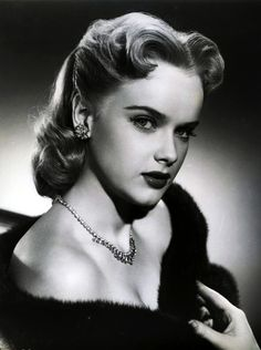 Old Hollywood Glamour, Hollywood Actor, Golden Age Of Hollywood, Classic Hollywood, Classic Actresses, Female Actresses, Beautiful Actresses, Actors & Actresses, Anne Francis