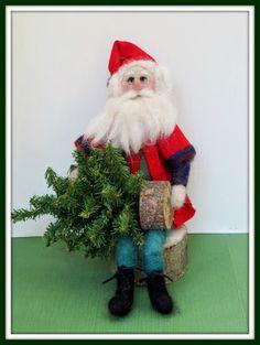 Linda Walsh Originals Dolls and Crafts Blog: Walter Loves To Decorate - New Needle Felted OOAK Handmade Santa Art Doll