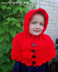 Lost in the Woods Hooded Cape by Jennifer Gregory of Niftynnifer