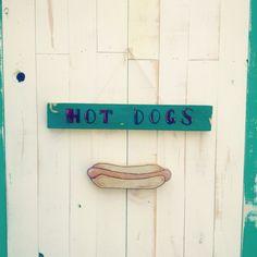 Hotdogwood