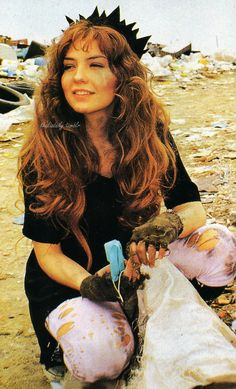 Thalia as Maria la del Barrio, 1995