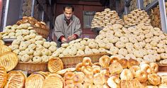 Kashmiri Breads - Did you think, just like me that when it comes to bread, it was France, Italy or from the Middle East who led the way? Wait, a minute...Kashmir has a plethora of breads of every season...try some