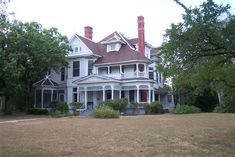 1895 Victorian in Marlin, Texas Victorian Manor, Victorian Farmhouse, Victorian Houses, Vintage Houses, Porch Storage, Built In Storage, Historic Homes For Sale, Victorian Photos, House With Porch