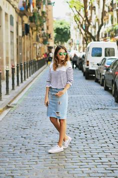 Will never go wrong with stripes, denim and sneakers #zara