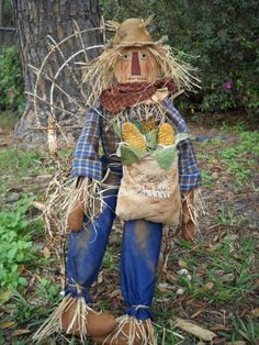The Olde Country Cupboard: New Scarecrow Pattern Ready Make A Scarecrow, Scarecrow Face, Scarecrow Ideas, Primitive Scarecrows, Fall Scarecrows, Primitive Fall, Scarecrows For Garden, Primitive Crafts, Primitive Christmas