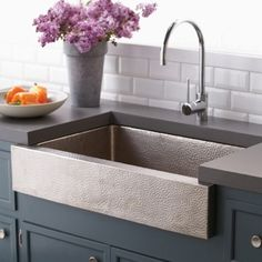farmhouse sink - hammered stainless Copper Farmhouse Sinks, Farmhouse Sink Kitchen, Copper Kitchen, Modern Farmhouse Kitchens, Kitchen And Bath, New Kitchen, Home Kitchens, Kitchen Sinks, Kitchen Ideas