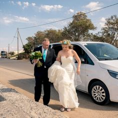 B&S. CRETE LUXURY TRAVEL SERVICES *WEDDING TRANSFERS Punctuality, discretion and flexibility are the absolute minimum requirements
