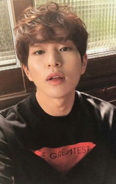 I love this picture of Onew ❤