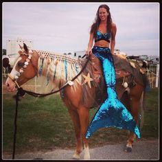 Mermaid and Seahorse Costume Contest. My Horse, Horse Love, Horse Girl, Horse Riding, Horse Tack, Horse Barns, Horse Halloween Ideas, Horse Halloween Costumes, Mummy Costumes