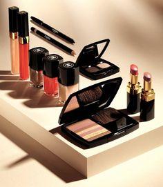 Follow me: http://sittingprettywebblog.wordpress.com http://itssittingpretty.co.vu/  #beauty products #makeup #beauty #cosmetics  #produtos de beleza #maquiagem #beleza # cosméticos