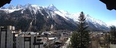 Vue sur le Mont-Blanc depuis un des balcons de l'hôtel Prieuré (15 avril 2013)