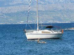 Wie offen sind Sie für einen #Segeltörn im Herbst? Man glaubt es kaum, doch auch um diese Zeit finden Sie bei uns traumhafte Möglichkeiten um eine #Yacht zu #chartern. Sailing Yachts, Boat, Sailing, Caribbean, Croatia, Greece, Majorca, Italy, Dinghy