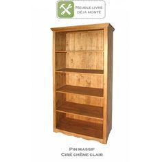 Bibliothèque en pin massif au style authentique et indémodable. 4 étagères pour un rangement pratique. Pour cuisine, salon, séjour, chambre