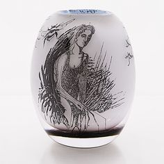 "ELLA VARVIO - Maljakko/ lasiveistos, ""Memento mori"" 2017. Graal-tekniikka, uniikkiteos. Korkeus 18 cm. Glass Design, Design Art, Bukowski, Patek Philippe, Memento Mori, Modern Contemporary, Vancouver, Rolex, Glass Art"