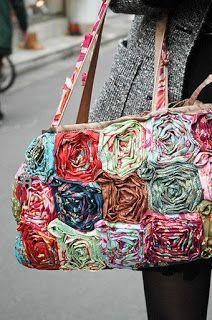 Сумочки ручной работы: Сумочки из обрезков ткани