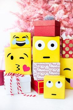"""had to emoji-fy another holiday DIY this go-around! Emoji gift wrap with just yellow paper and some cardstock is right up my """"Oops I forgot to wrap that present ahhhhhh! You can snag a roll of paper at the art store and you're good to go! Homemade Christmas Gifts, Holiday Gifts, Christmas Crafts, Emoji Christmas, Christmas Holidays, Christmas Colors, Christmas Decorations, Christmas Ornaments, Make Emoji"""