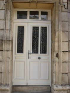 Porte d'entrée deux vantaux : Réalisation de la menuiserie Solabaie Niort