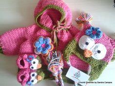 Conjunto de sapatinhos e casaquinho com capuz,em l� de croch�.e Gorro coruja <br>Feito para beb� em l� antial�rgica. <br>Tamanhos e cores a combinar!!!!