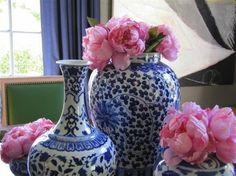 Blue & White Vases. Classic.