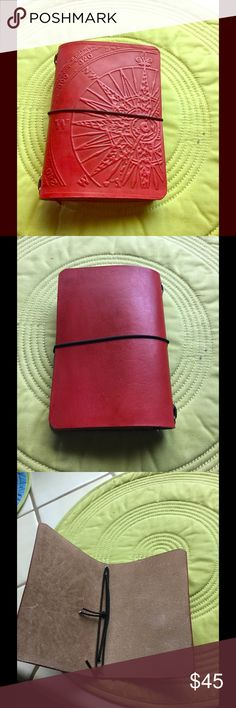 Custom Field Note Size Leather Traveler's Notebook Custom Field Note Size Leather Traveler's Notebook. Color: Red - Pattern: Compass. Hand dyed genuine vegetable tanned 4-5 oz - 2mm leather. Due to the nature of this item, colors can and will change with age - leather may have occasional blemishes, but adds character to your piece. Four 2mm elastic/black, spine strap/nickel color eyelets - will hold 4 notebooks. Leather cover dimensions: 8.5 x 6. Bought and never used. Comes from a smoke and…