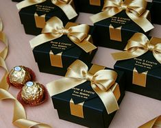 25 Black & Gold wedding favor gift box with satin ribbon, bow and your names, Elegant Personalized Gatsby theme wedding favors for guests – Wedding Gifts Gold Wedding Favors, Gold Wedding Theme, Wedding Gift Boxes, Wedding Gifts For Guests, Personalized Wedding Favors, Chic Wedding, Elegant Wedding Favors, Wedding Invitations, Wedding Ideas