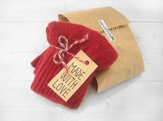 CHRISTMAS GIFT EXPRESS Shipping Fox Gloves Brown by talkingloves
