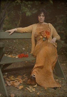 ~Mrs. Selma Schubart wearing a Fortuny Dress ca. 1907~    Autochromes by Alfred Stieglitz