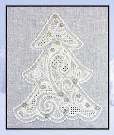 PR0026 'Winterland' - pulled thread and whitework embroidery combine…