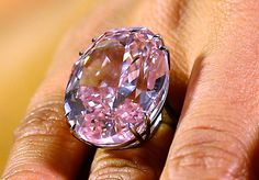 Exite a le vente por 44 millions le diamant plus costose de le munde
