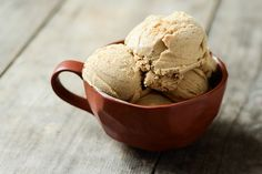 Cinnamon Ice Cream - I can just imagine how wonderful this would be atop a piece of warm apple pie! Frozen Desserts, Frozen Treats, Just Desserts, Icecream In A Bag, Nuwave Oven Recipes, Caramel Apple Crisp, Cinnamon Ice Cream, Ice Ice Baby, Tasty Kitchen