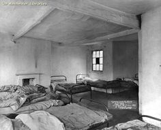 Common Lodging House in Manchester Old Photos, Vintage Photos, Society Problems, Salford, Industrial Revolution, Slums, Life Is Hard, British History, History Facts