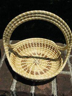 South Carolina State Lowcountry handcraft~Sweetgrass basket