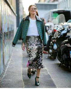 As Milan Spring Summer 2019 Fashion Week is kicking off, we round up all the best street style looks happening off the runway including Olivia Palermo. Olivia Palermo Stil, Olivia Palermo Street Style, Olivia Palermo Lookbook, Cool Street Fashion, Look Fashion, Star Fashion, Ladies Fashion, Fashion Styles, Fashion Trends