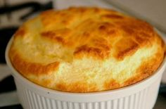 Phase 3 Soft Foods : cheese and egg soufle Pancakes Ww, Cheese Souffle, Souffle Recipes, Cod Fish, Soft Foods, Bariatric Recipes, Baguette, Food And Drink, Vegetarian Recipes