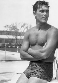 Jeffrey Hunter, 1957, from Vintage Hotties website. Yes!