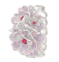 Chanel 'Camélia Origami' bracelet in white gold, set with 575 brilliant-cut diamonds with a total weight of 10.7ct, 930 brilliant-cut pink and purple sapphires with a total weight of 24ct and 4 brilliant-cut pink spinels with a total weight of 2.8ct