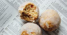 Get your donut fix with these Raw Vegan Donut Holes. Yum!