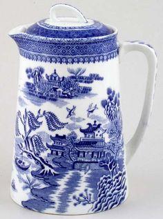 ♥ ~ ♥ Blue and White ♥ ~ ♥ Cauldon Chung Hot Water Jug Blue Willow China, Blue And White China, Love Blue, Blue China, Delft, Blue Dishes, White Dishes, Chinoiserie, Art Chinois