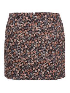 ad7da384a96 12 meilleures images du tableau jupe droite courte