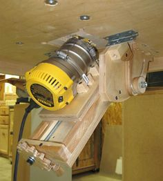 Router jig router lift woodsmith plans tools pinterest i have wanted to replace my old router and router table for a couple of years now since i am always conscious of space in my shop i wanted the router table greentooth Image collections