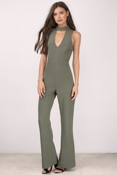You'll always have that perfect jumpsuit to go to with the Tara Choker Jumpsuit. Featuring a choker neckline and open back design. Pair with heels and a statement jewelry.
