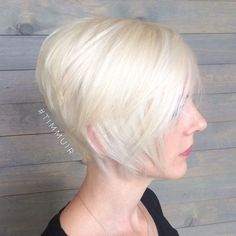 short+stacked+bob+haircut