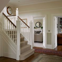 Be impressed by this Edwardian house in south-west London Edwardian Hallway, Edwardian Haus, Florence Knoll, Hallway Decorating, Decorating Your Home, Decorating Ideas, Hallway Inspiration, Hallway Ideas, Hallway Pictures