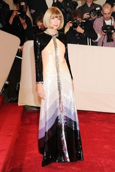 """Anna Wintour attends:   """"Alexander McQueen: Savage Beauty"""" Costume Institute Gala At The Metropolitan Museum Of Art"""