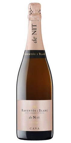 Raventos y Blanc - ROSE de Nit - from Wine Advocate EXCEPTIONAL VALUE Methode Champenoise from Spain. Raventos, an estate where vines have been grown since and continue a family tradition that stretches back over 20 generations Gifts For Wine Lovers, Wine Gifts, Wine And Liquor, Wine Drinks, Cava Sparkling Wine, Unique Wine Glasses, Champagne Cooler, Wine Searcher, Personalized Wine Glasses