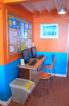 Internet area at a hostel