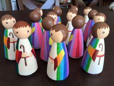 Old Testament - Jospeh Wood Peg Dolls, Clothespin Dolls, Coat Pegs, Wood Crafts, Paper Crafts, Crafts To Make, Diy Crafts, Worry Dolls, Wooden Pegs